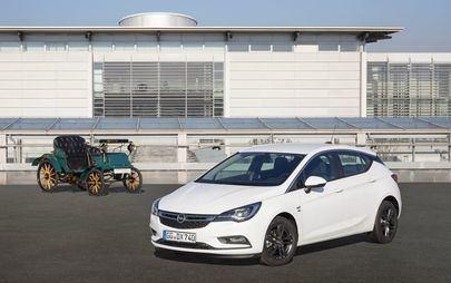 Veliki jubilej in elektrifikacija: Opel omogoča vpogled v leto 2019