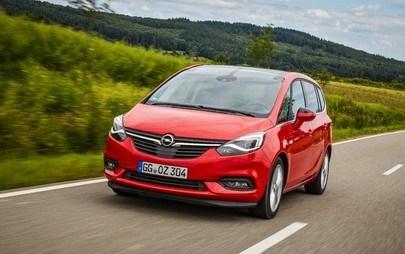 Opel Zafira: odlično povezan kompaktni enoprostorec z novim informacijsko-razvedrilnim sistemom IntelliLink Navi 4.0